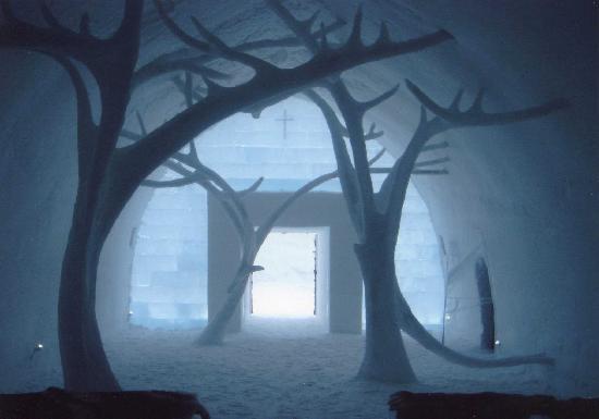 ice-chapel-ice-hotel