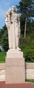 DDay Amer Cem France statue